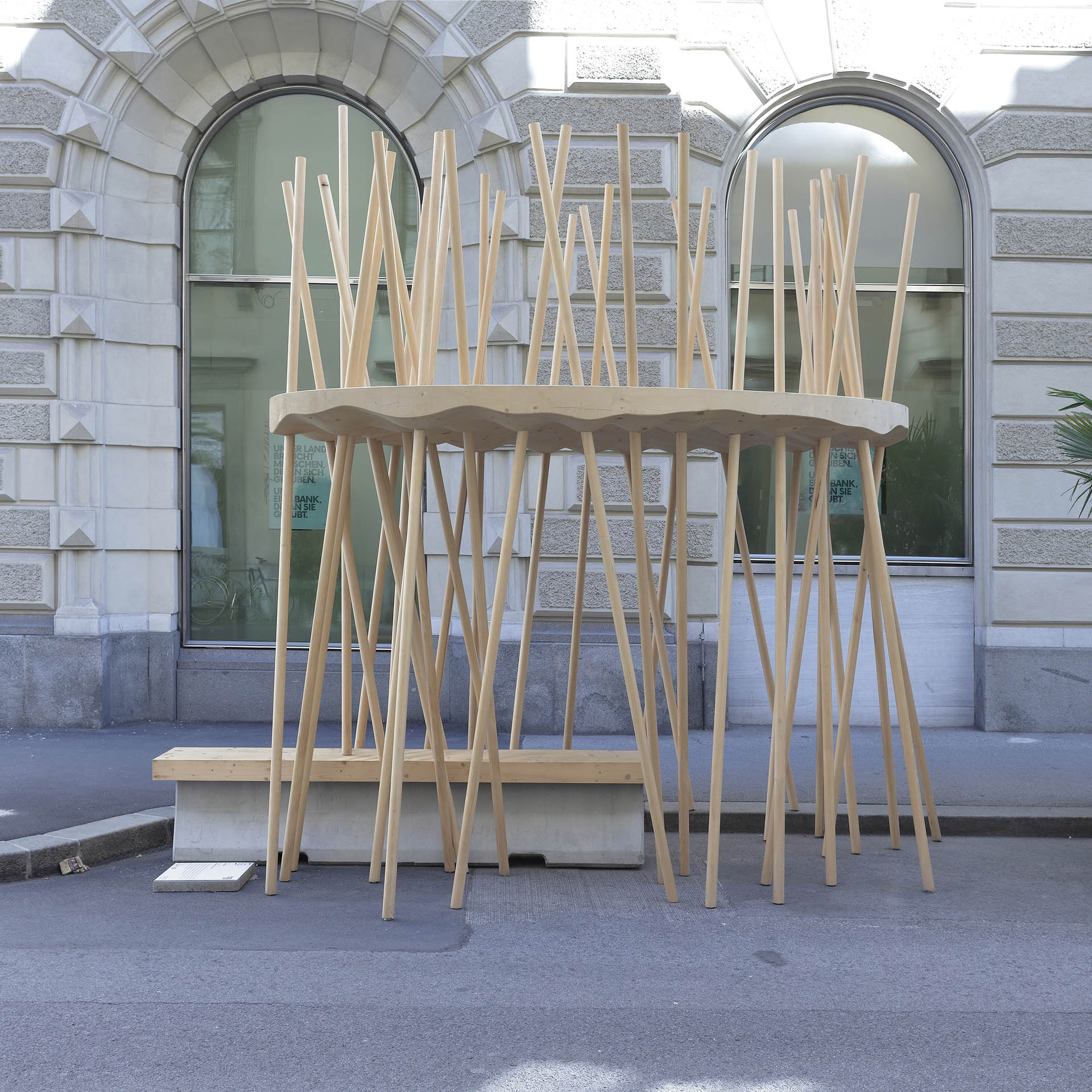 zweithaler - Mikado Smart Urban Furniture